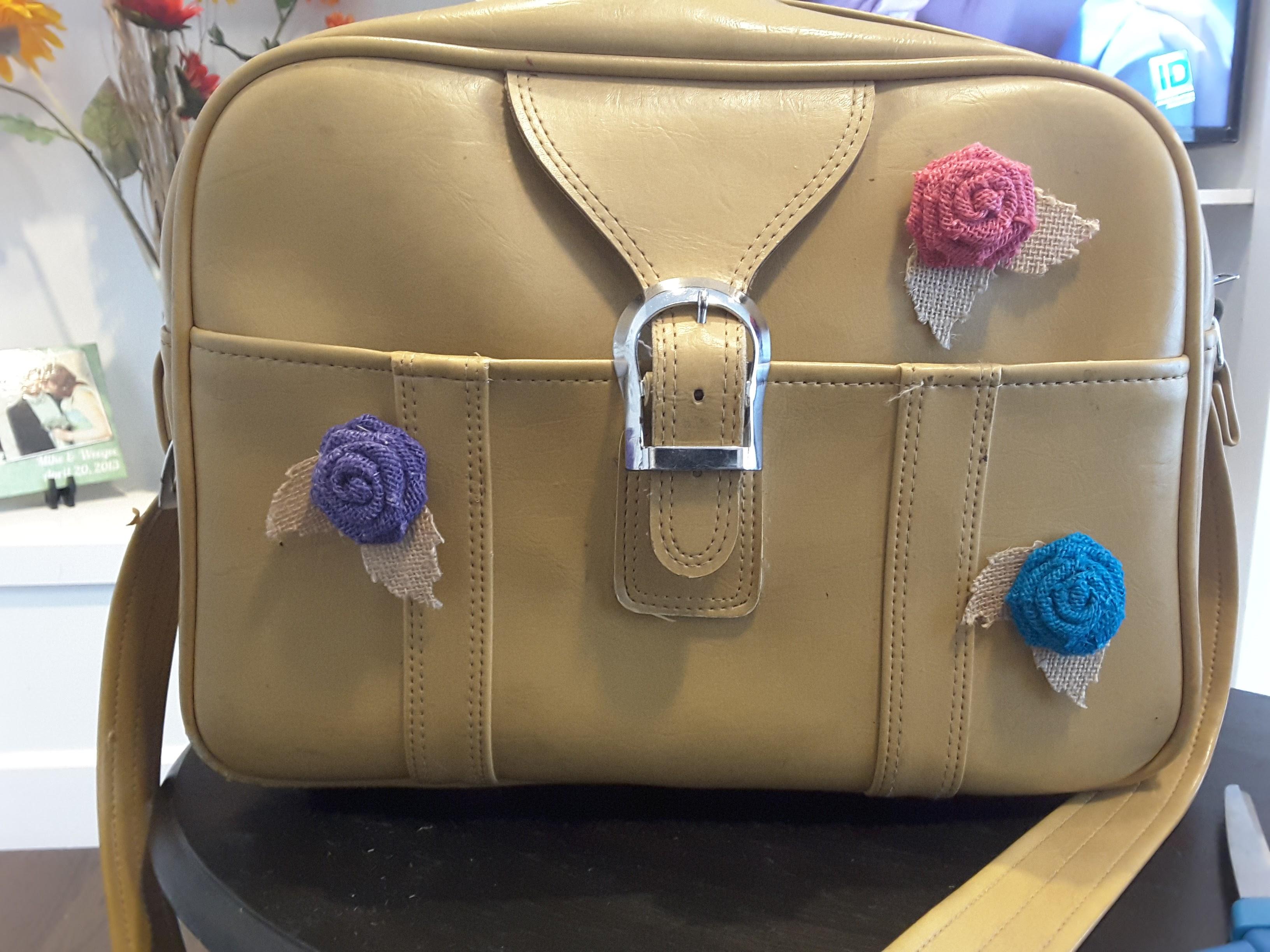Vintage travel bag - thrift store finds